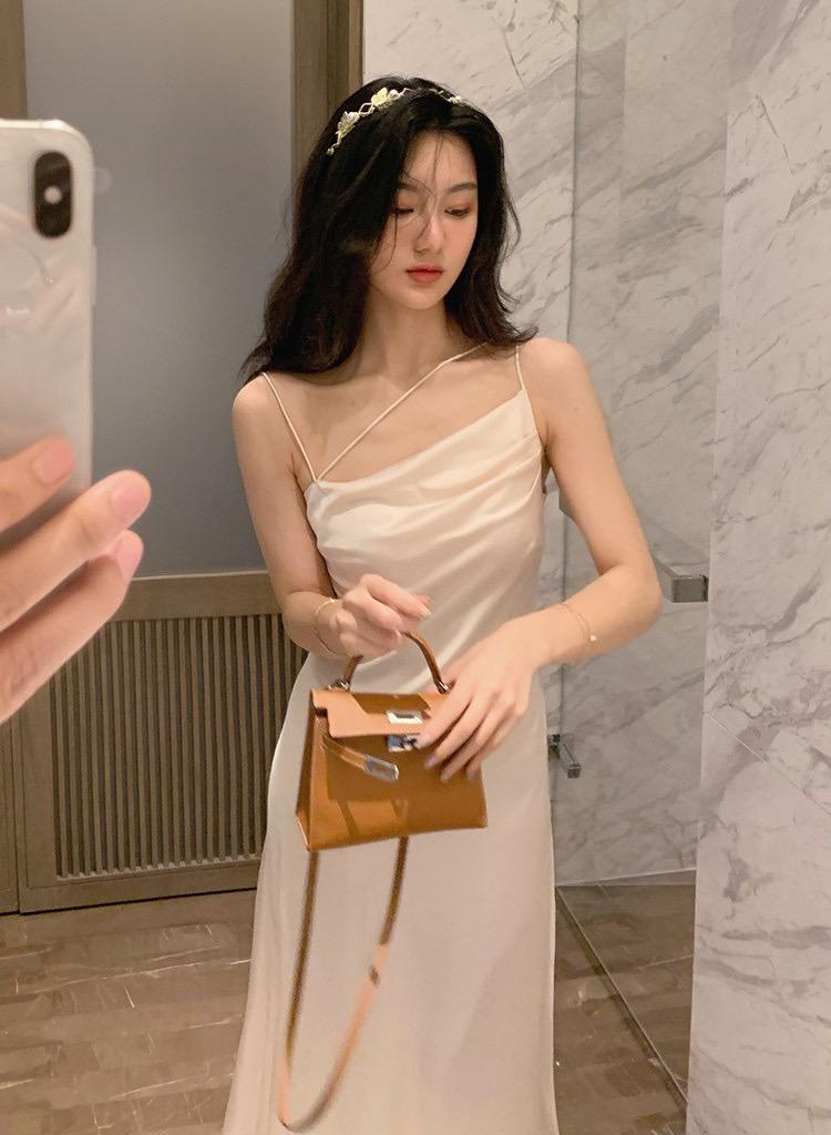 Đầm Maxi Phi Lụa Dây Kiểu (NUDE)