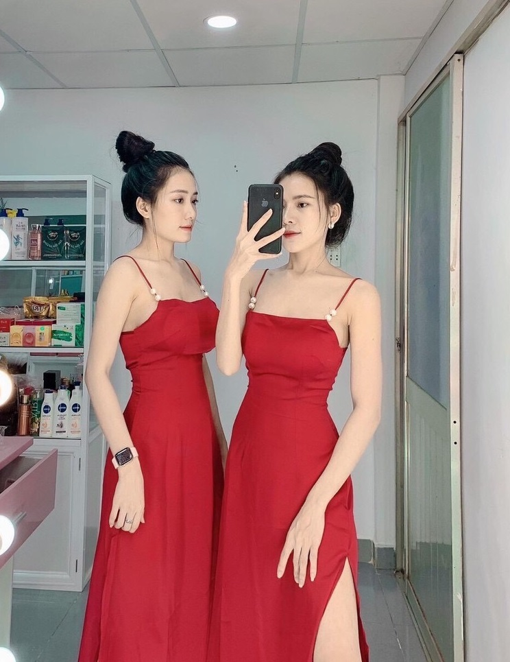 Đầm Đính Ngọc Dây Áo Xẻ Đùi 2 Bên (ĐỎ)