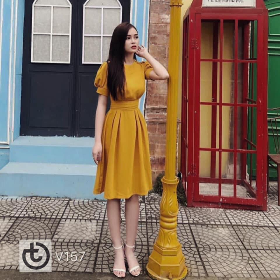 Đầm Xoè Tay Phồng Xếp Ly Eo (VÀNG)