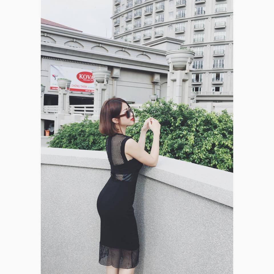 [Q5] Đầm Body Lưới Ô Vuông Eo Phối Da (ĐEN)