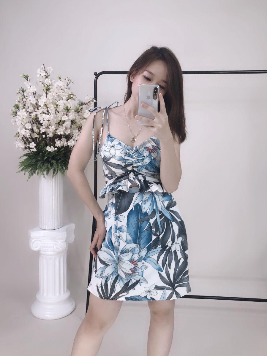 Đầm Hoa Hở Eo Phom Chữ A (NỀN TRẮNG)